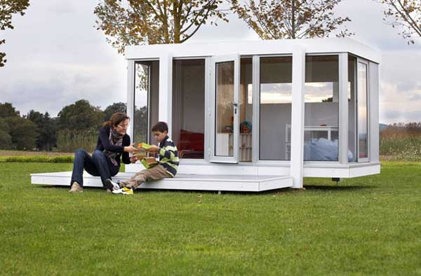 modern-playhouse-windows