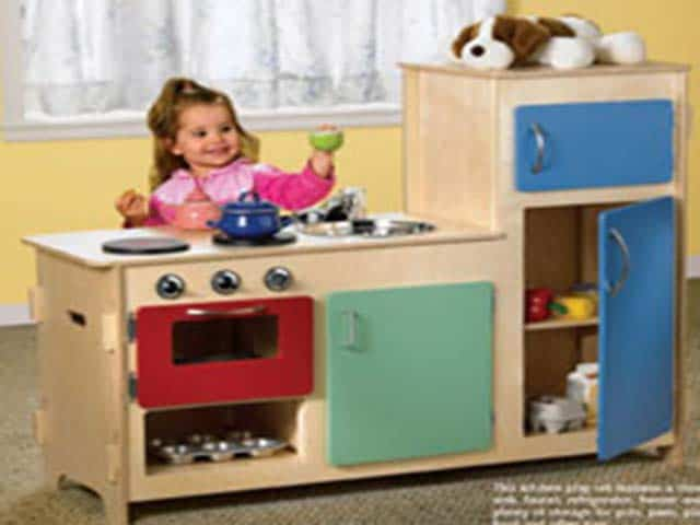 Build a kids play kitchen Realistic play kitchen