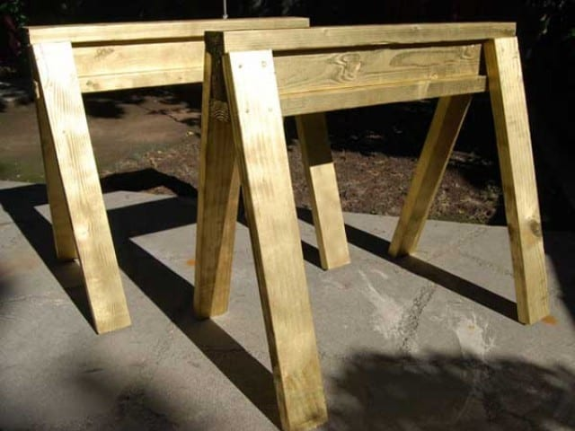 kid-sized-sawhorses