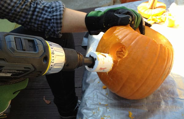 pumpkin-carving-hole-saw