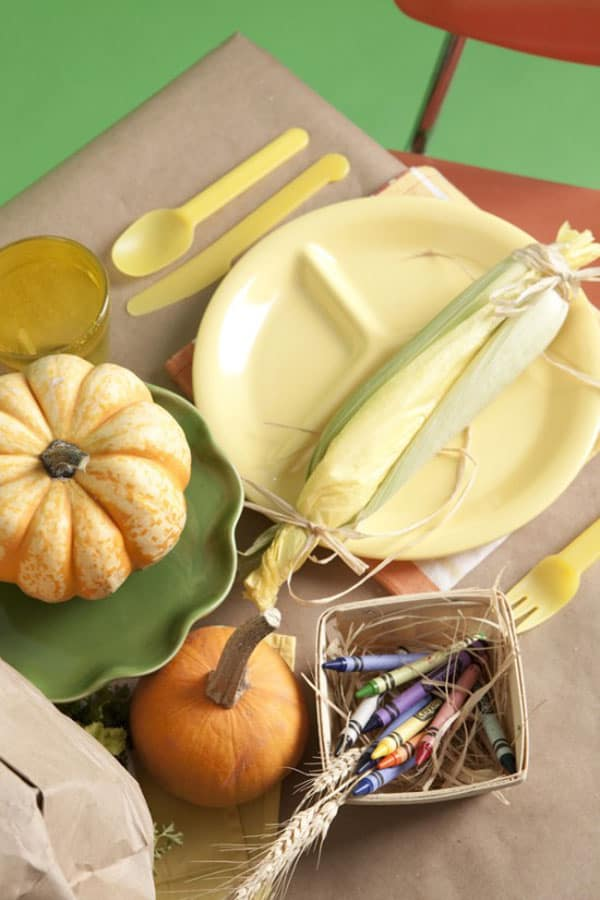1-charming-thanksgiving-party