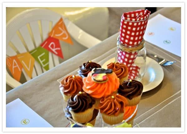3-cupcakes