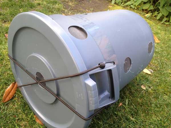 compost-bin-rolling