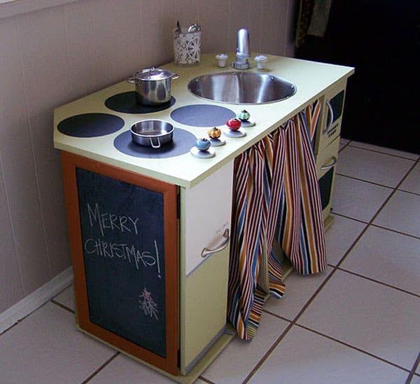 desk-play-kitchen