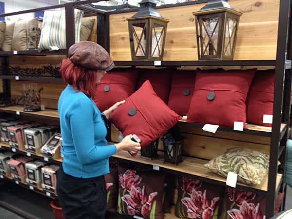 lowes-pillows