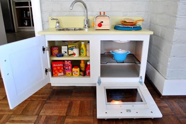 play-kitchen-open