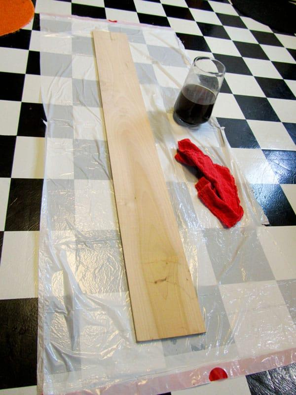 prepping-giant-ruler