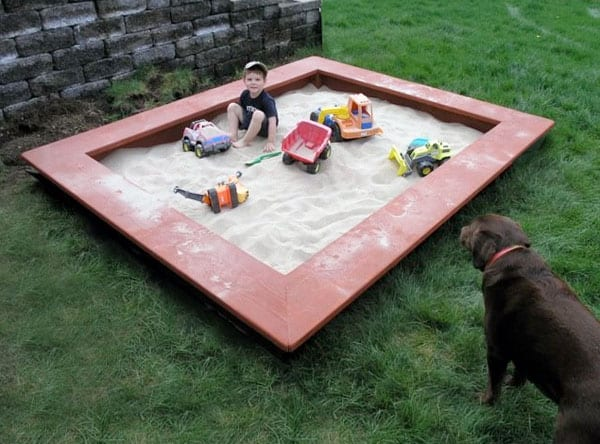 build-wooden-sandbox
