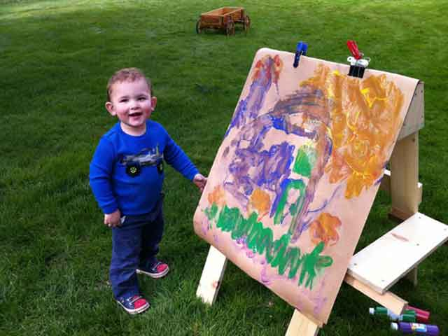 Build A Kids Art Easel From Scrap Wood