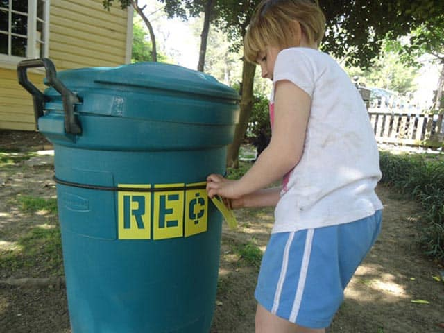 Transform a Plastic Trash Can Into a Home Recycling Bin
