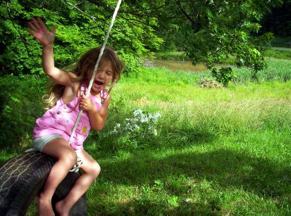 kid-tire-swing