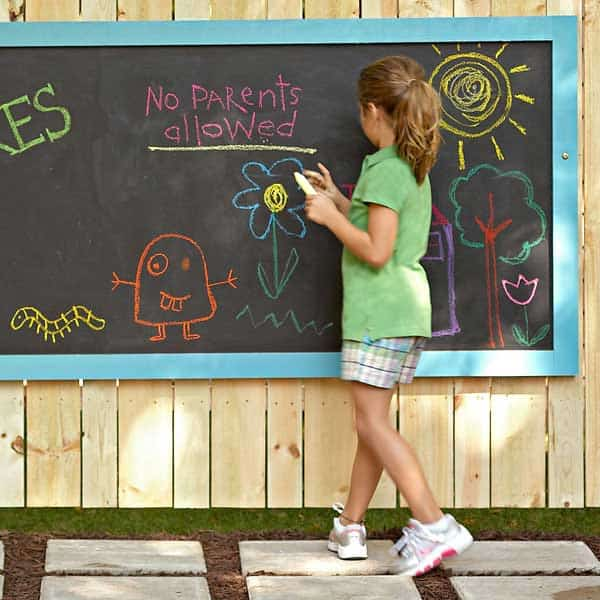 outdoor-chalkboard