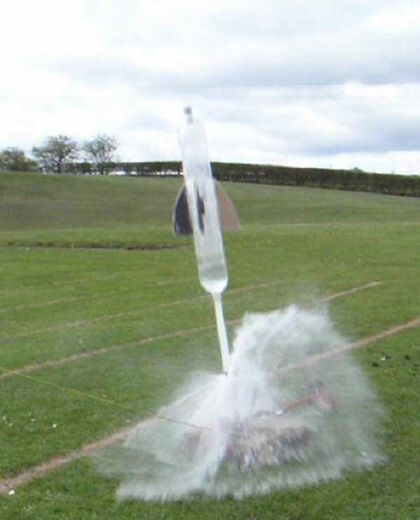 Bottle Rocket Best Design Ever: Build A Water Rockets For Summer Fun