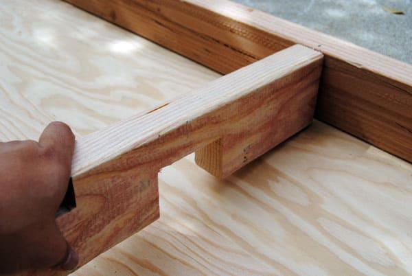 box hockey frame