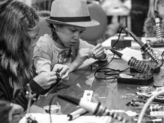 LA Makerspace – For makers, tinkerers and DIYers of all ages