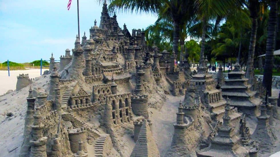 Amazing sand castle | Sand castle, Sand art, Sand sculptures