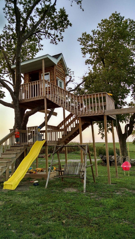 awesome-treehouse
