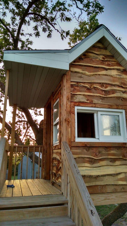 cedar-siding-treehouse