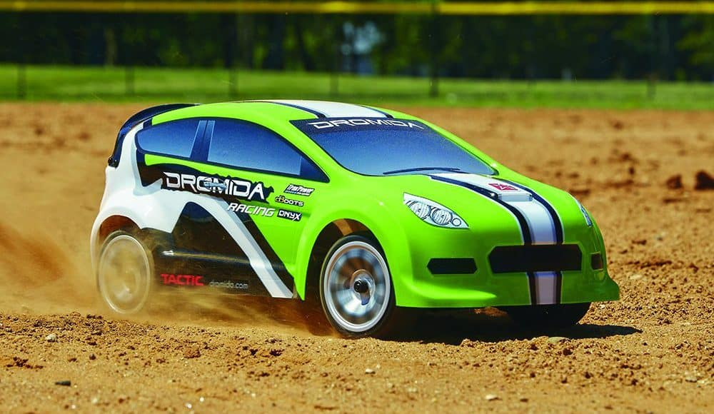 This All-Wheel Drive Remote Control Rally Car Is Way Too Much Fun