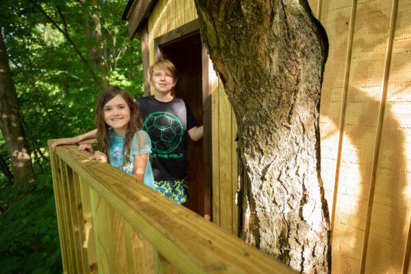 cabin treehouse kids
