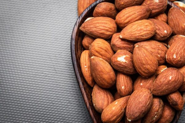 almonds nut allergy